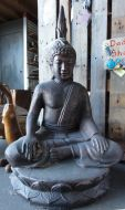 Buddha - Sitting - hands on knees