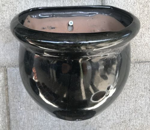 Wall Pot - Glazed - Shiny Black