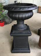Barcoo Planter & Pedestal - Black